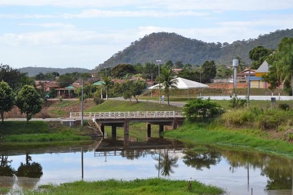 Córrego do Ouro Goiás fonte: serve.buffo.com.br